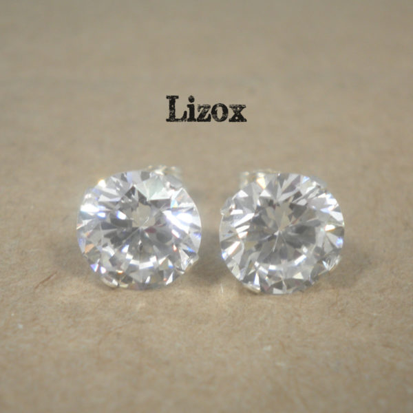 lizox-sterling-silver-8mm-cz-posts