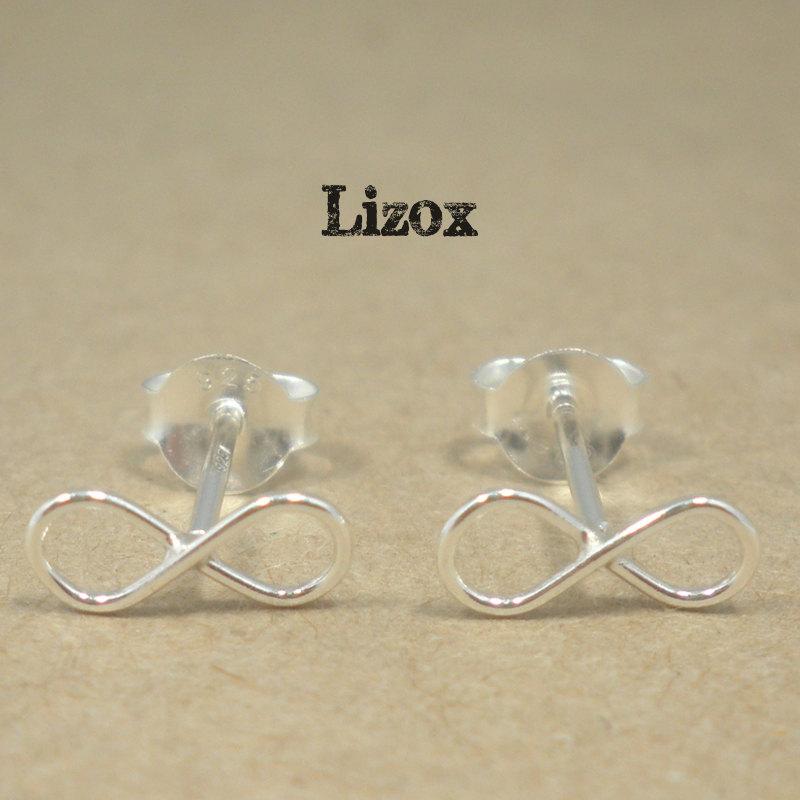 Lizox Infinity Earrings