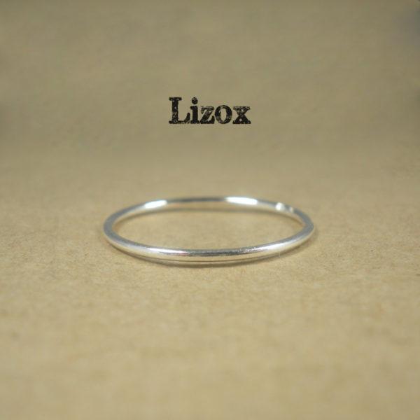 1mm Plain Silver Ring